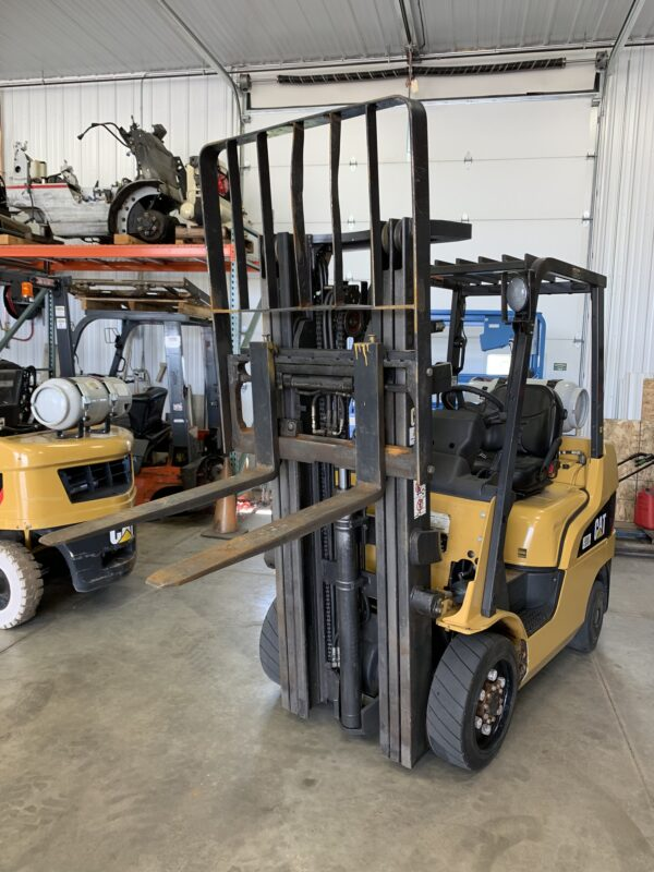Caterpillar Forklift C1179