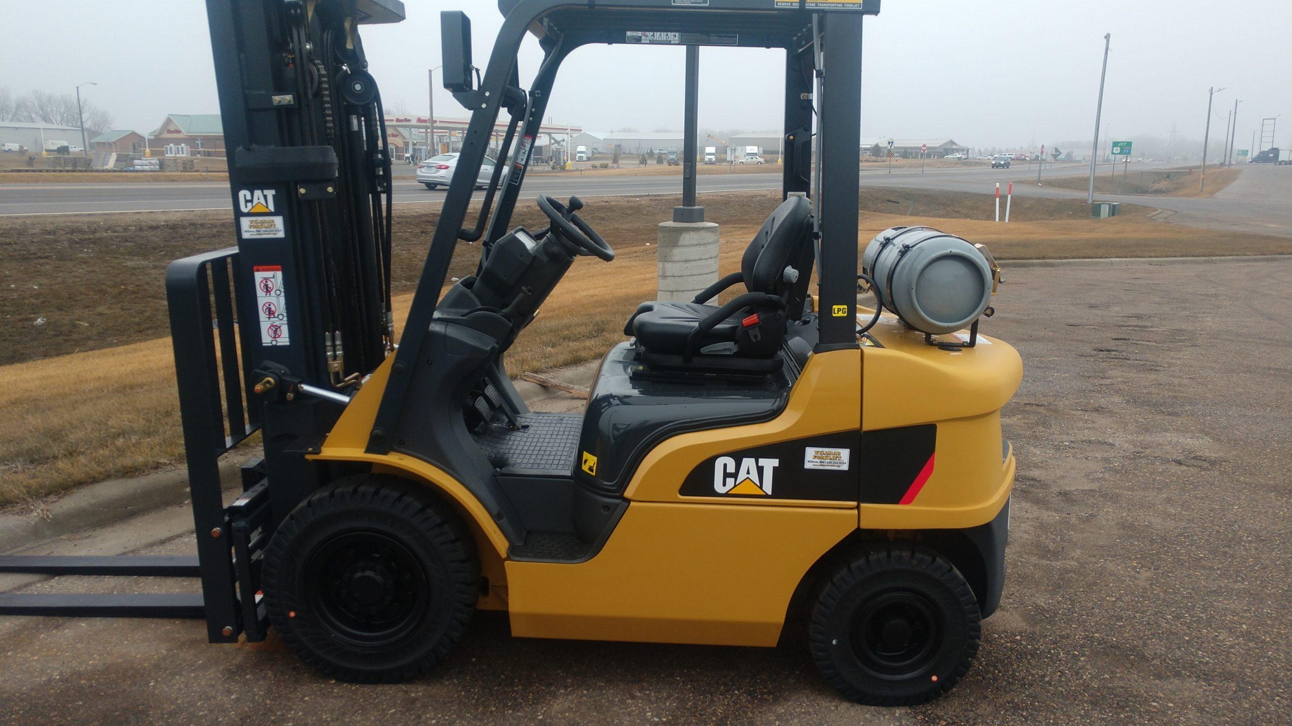 Caterpillar Forklift GP25N C7979R